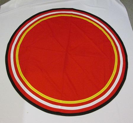 Circular floorcloth